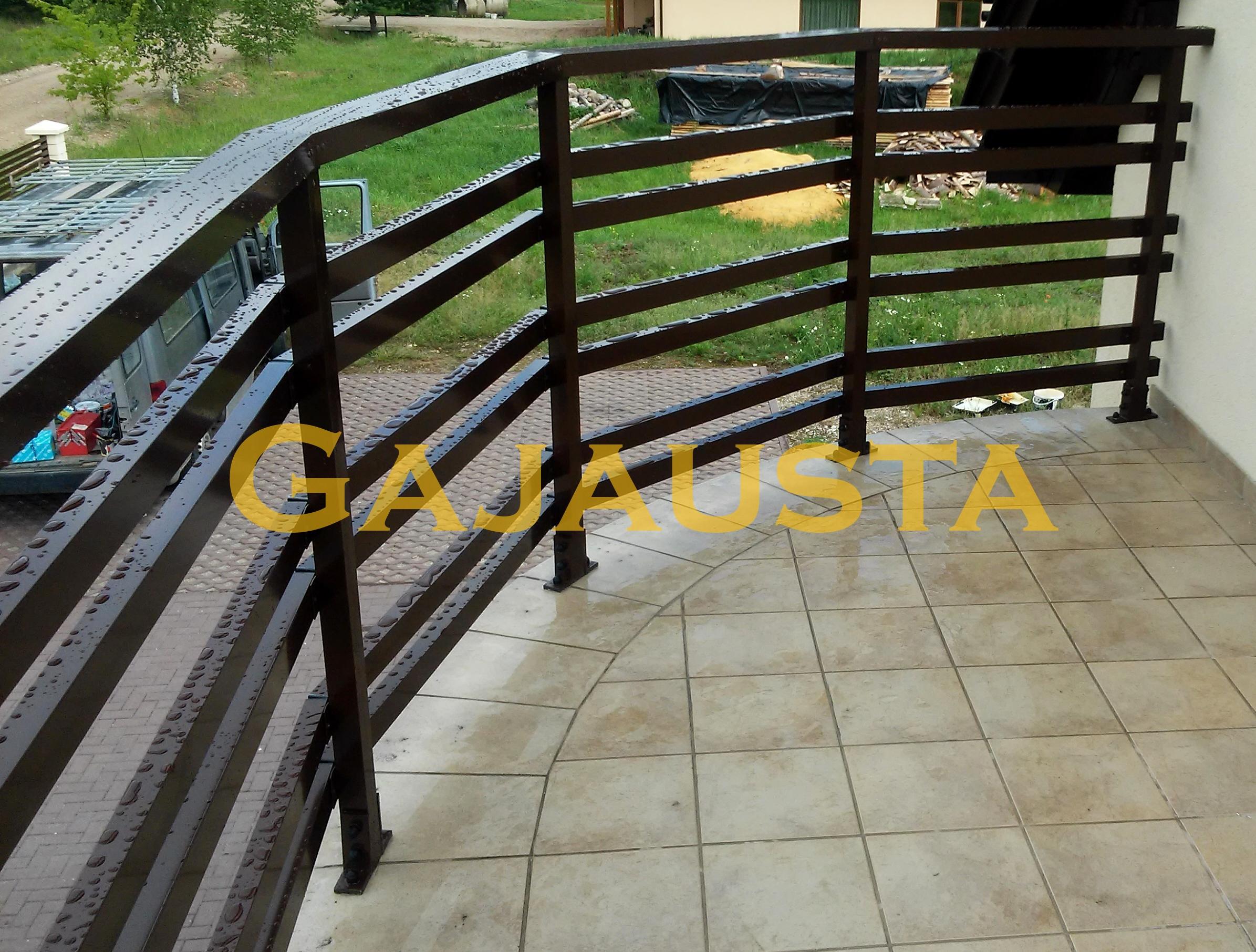 Balkono-tureklai-aliuminio-50x30-28