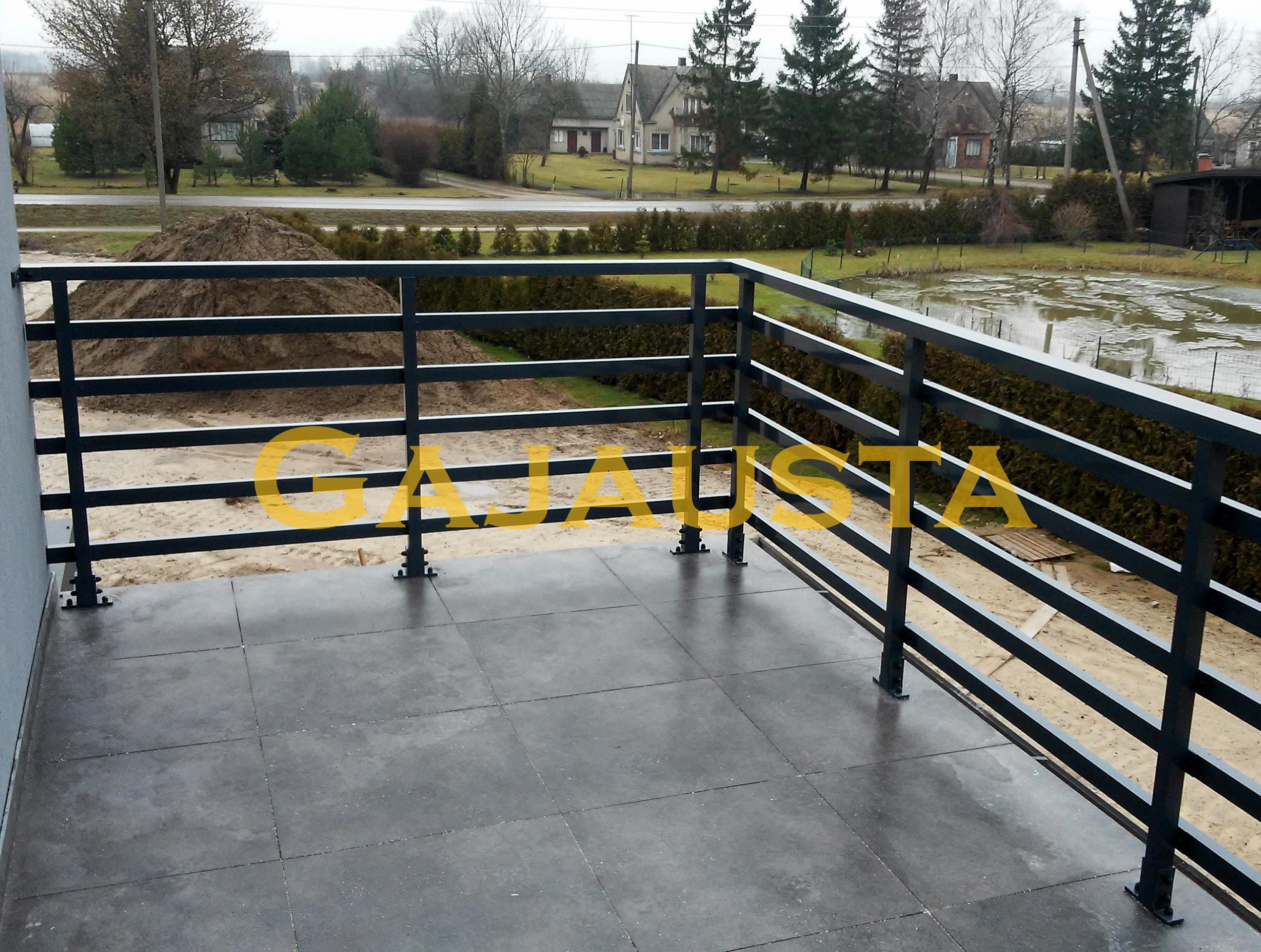 Balkono-tureklai-aliuminio-50x30-3