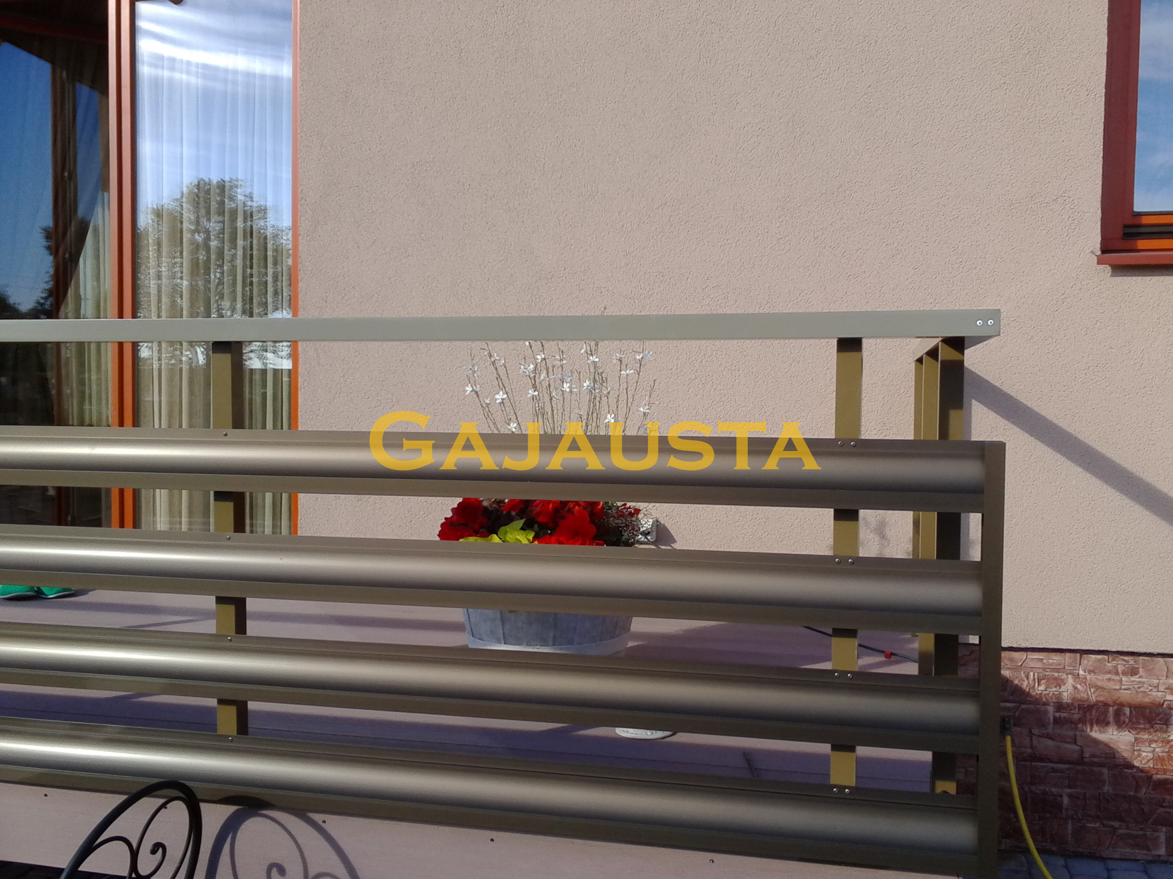 Balkono-tureklai-aliuminio-GA110-1