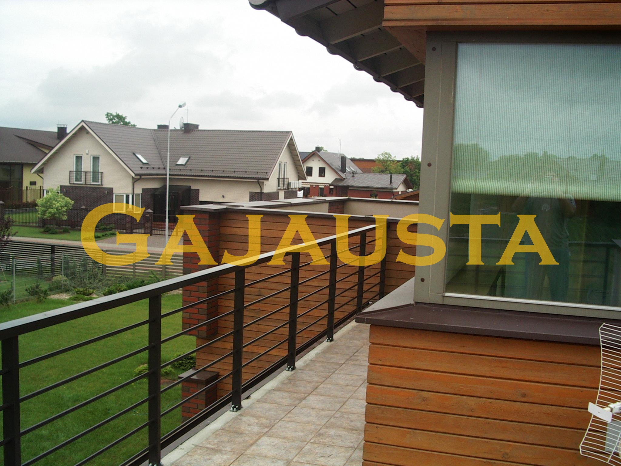 Balkono-tureklai-aliuminio-d20H-8