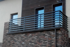 Balkono-tureklai-aliuminio-50x30-1